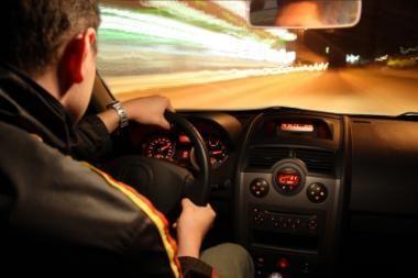 Atidėti pradedančių vairuotojų pakartotiniai mokymai