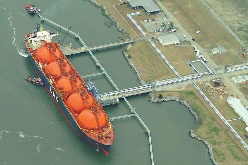 """A. Kubilius: """"Gazprom"""" gali siekti įtakos SGD terminalo projekte"""