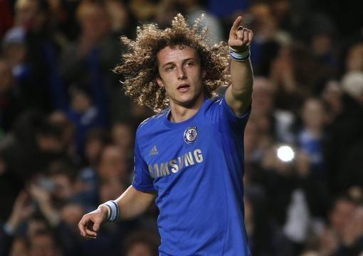 """Visą sezoną buksuojantys """"Chelsea"""" sezoną tikisi baigti su trenksmu"""