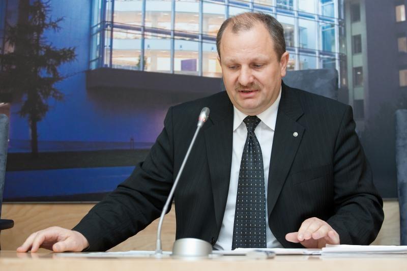 Komisija ketina balsuoti dėl nepasitikėjimo K.Komskiu