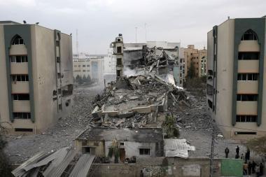 Gazos ruožo bombardavimai nesiliauja