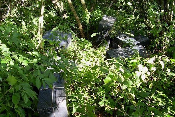 Sulaikytas Nemunu atplukdytas rūkalų krovinys ir keturi įtariamieji