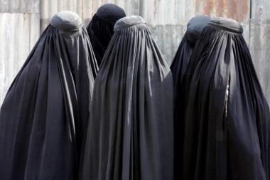 Paryžiuje suimti penki įtariami islamo ekstremistai