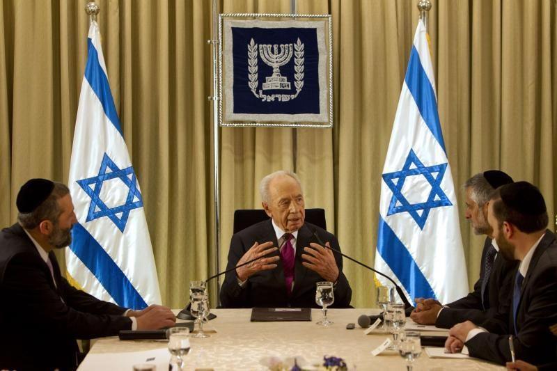 Sh. Peresas: Iranas kelia grėsmę Izraelio egzistavimui