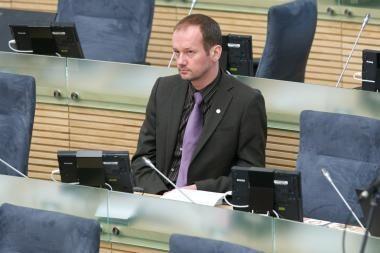 R.Žilinsko bylos nagrinėjimas atidėtas, kol Seimas leis suvaržyti jo laisvę