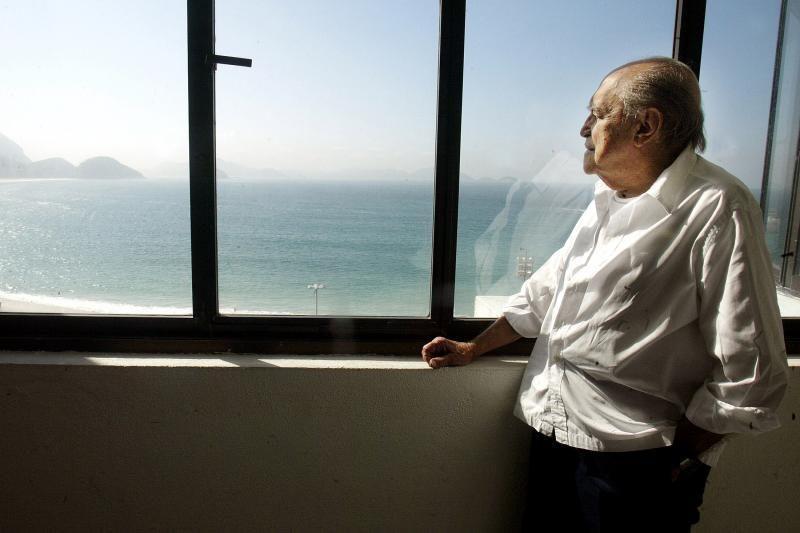 Būdamas 104-erių metų mirė brazilų architektas Oscaras Niemeyeris