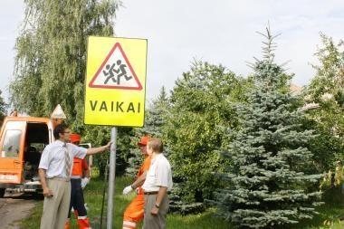 """Nuo rugsėjo – saugaus eismo konkursas """"Saugiausia klasė 2010"""""""
