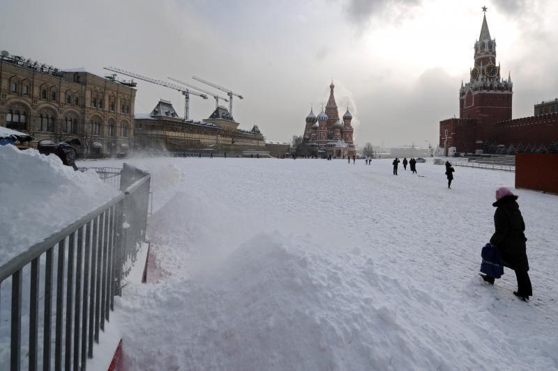Kremlius nurodė valdininkams: atsisakykite sąskaitų užsienio bankuose