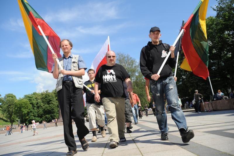 J.Panka: su šeima ir vėliava žygiuosiu Gedimino prospektu (atnaujinta)