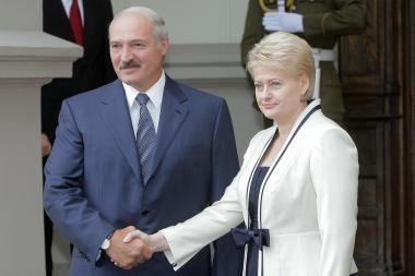 Parlamentaro A.Valinsko kabinete - fotomontažas su D.Grybauskaite ir A.Lukašenka