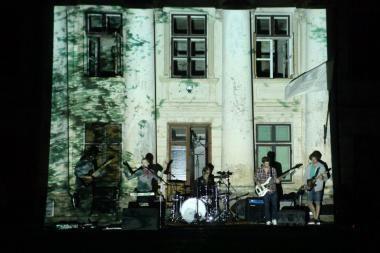 """""""Vasaros terasoje"""" – debiutinio albumo pristatymas"""