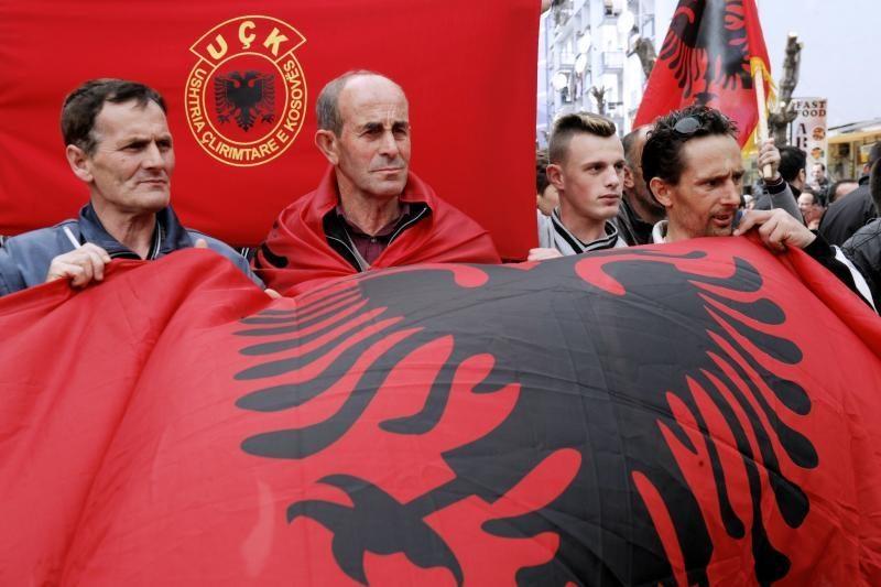 """ES ragina Belgradą imtis """"paskutinių pastangų"""" dėl Kosovo"""