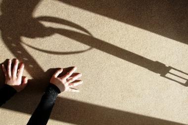 Valkininkų globos namų darbuotoja kaltinama smurtavusi prieš vaikus