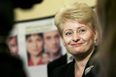 D.Grybauskaitė palaimins motinystės pašalpų mažinimo įstatymą?