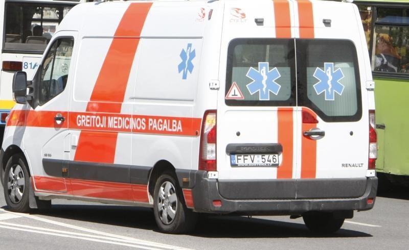 Kretingos rajone vyrų ginčas baigėsi peilio dūriu