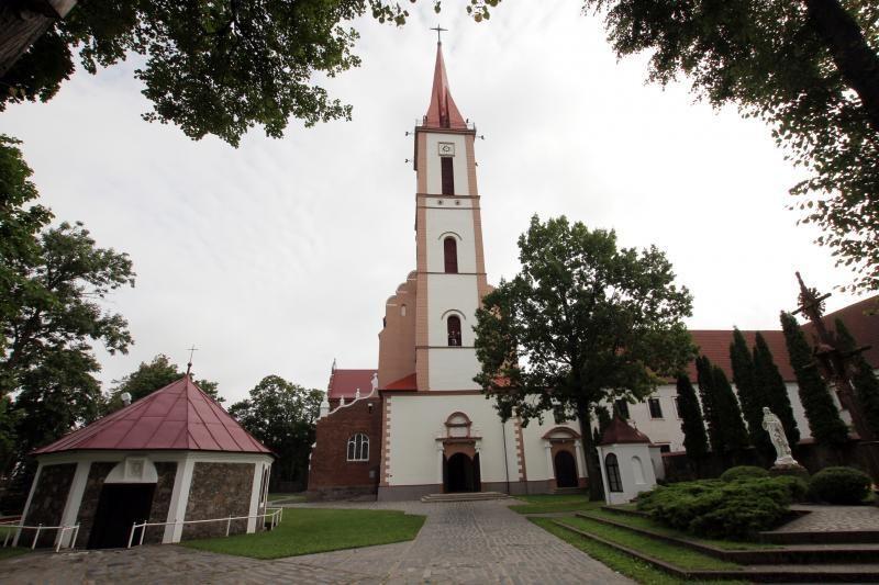 Kretingos pranciškonams perduotos bažnyčia ir koplyčia