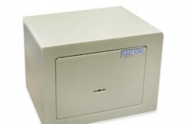 Šilutės r. pavogtas seifas su 100 tūkst. eurų