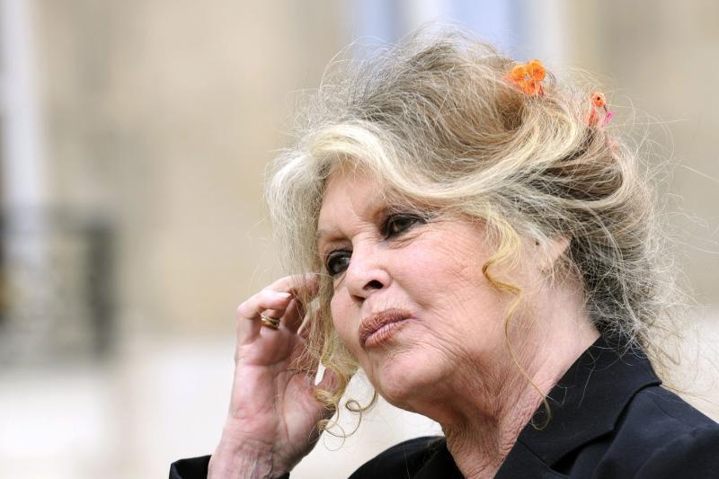 B. Bardot grasina tapti Rusijos piliete dėl 2 dramblių