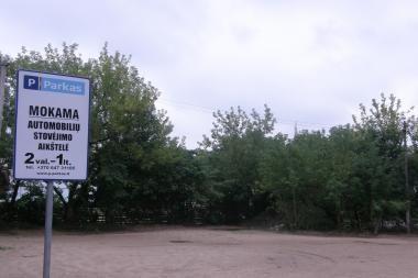 """Vietoj butų ir biurų šalia Mindaugo """"Maximos""""- automobilių aikštelė"""