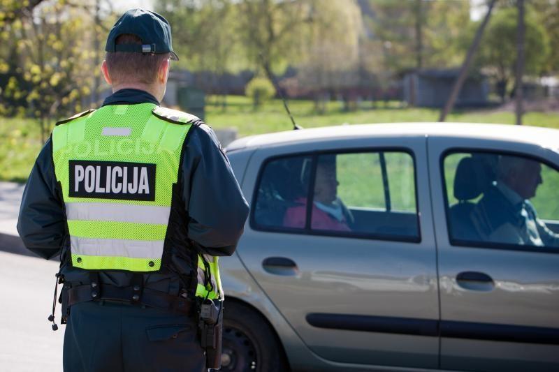 Lietuvoje daugėja bandymų papirkti policininkus