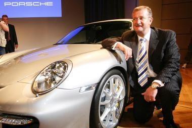"Buvusiam ""Porsche"" vadovui pateikti kaltinimai"