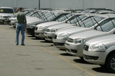 JAV automobilių gamintojai liko be paramos