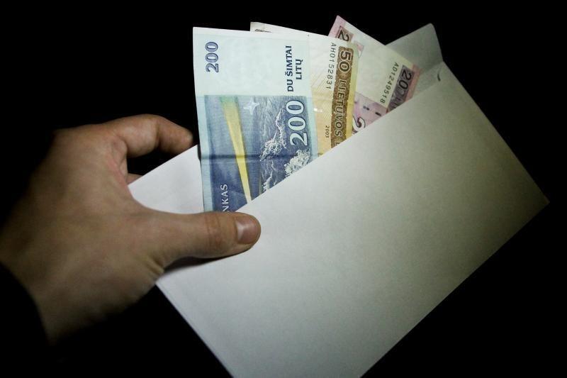 """Prokuroras: Trakų politikai iš verslininkų reikalaudavo """"otkato"""""""