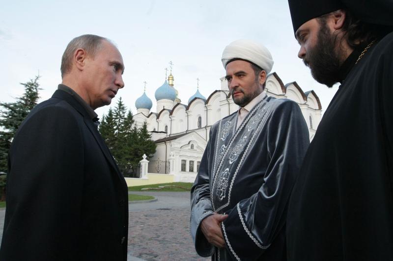 Rusijoje per išpuolius sužeistas Tatarstano musulmonų lyderis