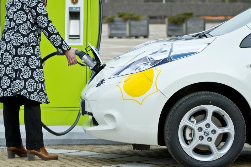Elektromobiliams - bendras Europos įkrovimo stotelių tinklas