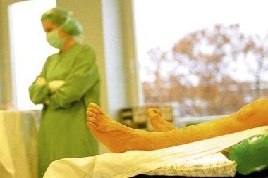 """Taupymo grimasos: sunkūs ligoniai ėmė """"sveikti"""" greičiau"""