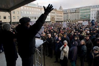 Islandijos jubiliejų aptemdė ekonomikos krizė