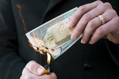 Kitais metais Vilniaus valdžia planuoja skurdesnes pajamas