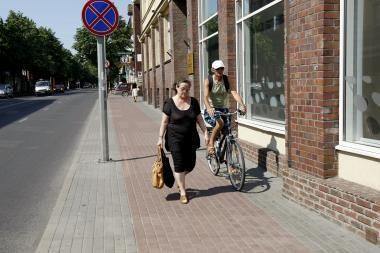Klaipėdos senamiestyje dviratininkas sužalojo pensininkę