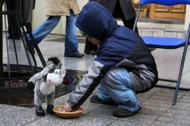 Penktadaliui bedarbių šeimų pinigų neužtenka net maistui