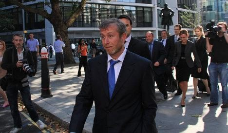 R.Abramovičius už prezidentinę ložę paklojo 1,6 mln. dolerių
