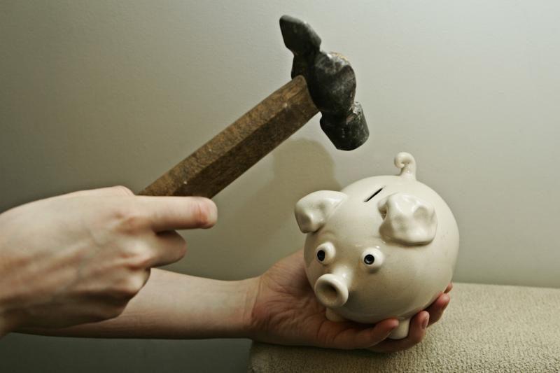 Sirijoje   baigiasi    grynieji  pinigai