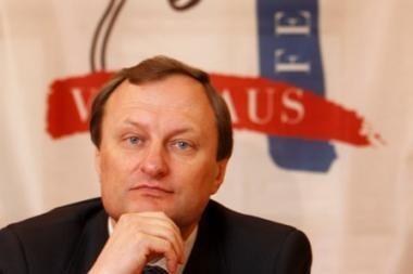 A.Stancikienė prašo kultūros ministro įvertinti G.Kėvišo darbą