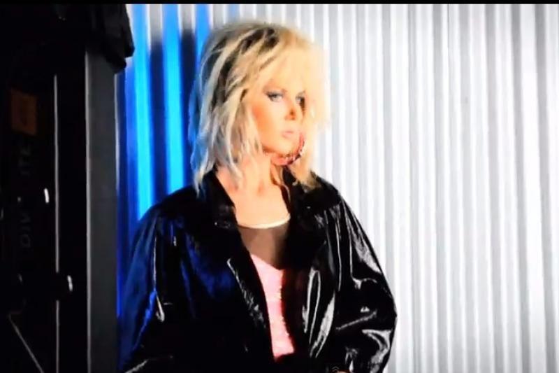 Nicole Kidman pozavo įžūlioms žurnalo nuotraukoms