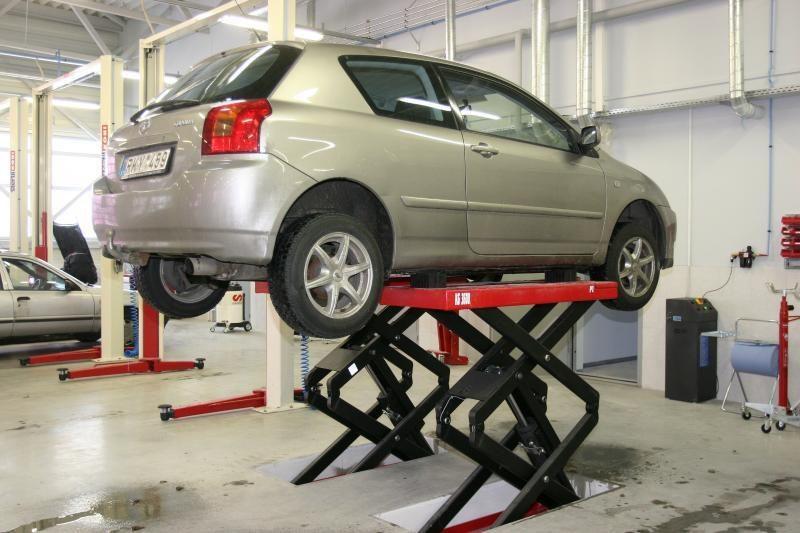 Autoservisų klientams svarbiausia darbo kokybė ir remonto trukmė