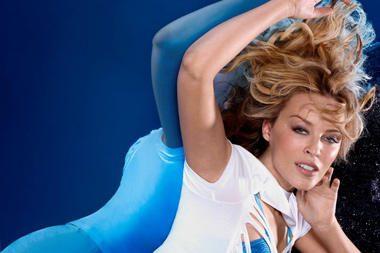 K.Minogue gerbėjams – unikali proga stebėti koncertą iš scenos vidaus