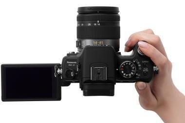 """""""Panasonic"""" Lietuvoje pristatė G1 fotoaparatą"""