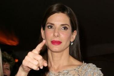 Ar atleis aktorė Sandra Bullock savo vyrui neištikybę?