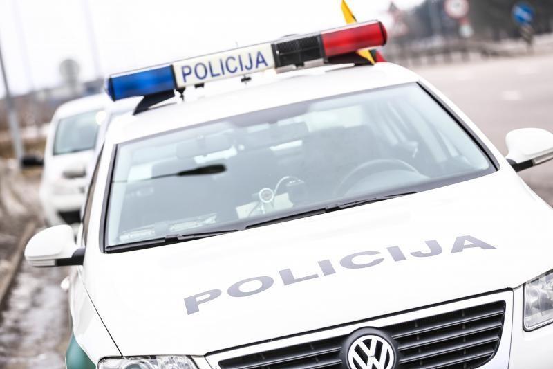 Vilijampolėje vyrai 13-metę įsitempė į automobilį ir išžagino
