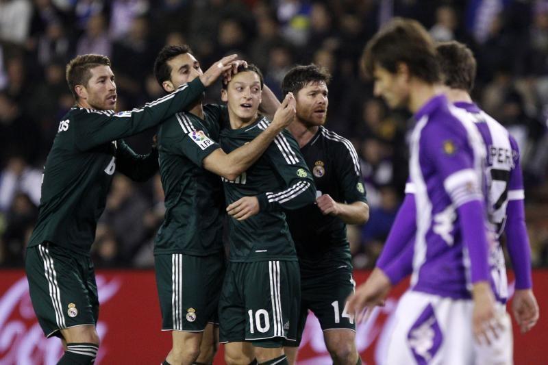 """Ispanijoje 7 įvarčių lietus pasibaigė Madrido """"Real"""" pergale"""