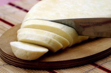 Užkrėsti sūrio produktai į Lietuvą nepateko