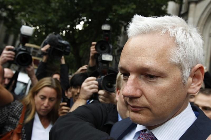 """JAV atmeta """"WikiLeaks"""" įkūrėjui suteiktą diplomatinį prieglobstį"""