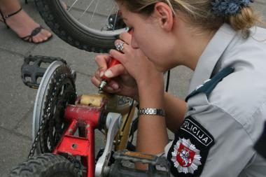 Klaipėdiečiai kviečiami ženklinti dviračius