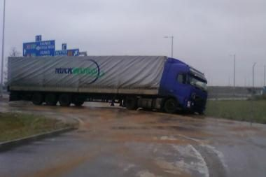 Plikledis vairuotojus privertė būti atsargesnius