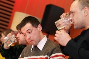 Lietuviai, prisiverskite gerti vandenį!