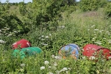 Vilniuje teberiogso 400 chemikalais užterštų statinių